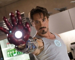 Robert Downey Jr. ofrece su voz para el 'Jarvis' de Mark Zuckerberg