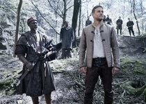 Djimon Hounsou - Charlie Hunnam - Knights of the Roundtable: King Arthur